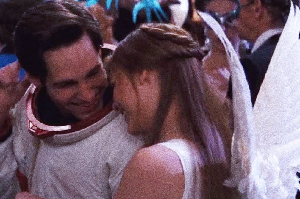 paul rudd and claire danes in &quot;romeo + juliet&quot; (1996) <br>http://pic.twitter.com/TQcOF3uVgi