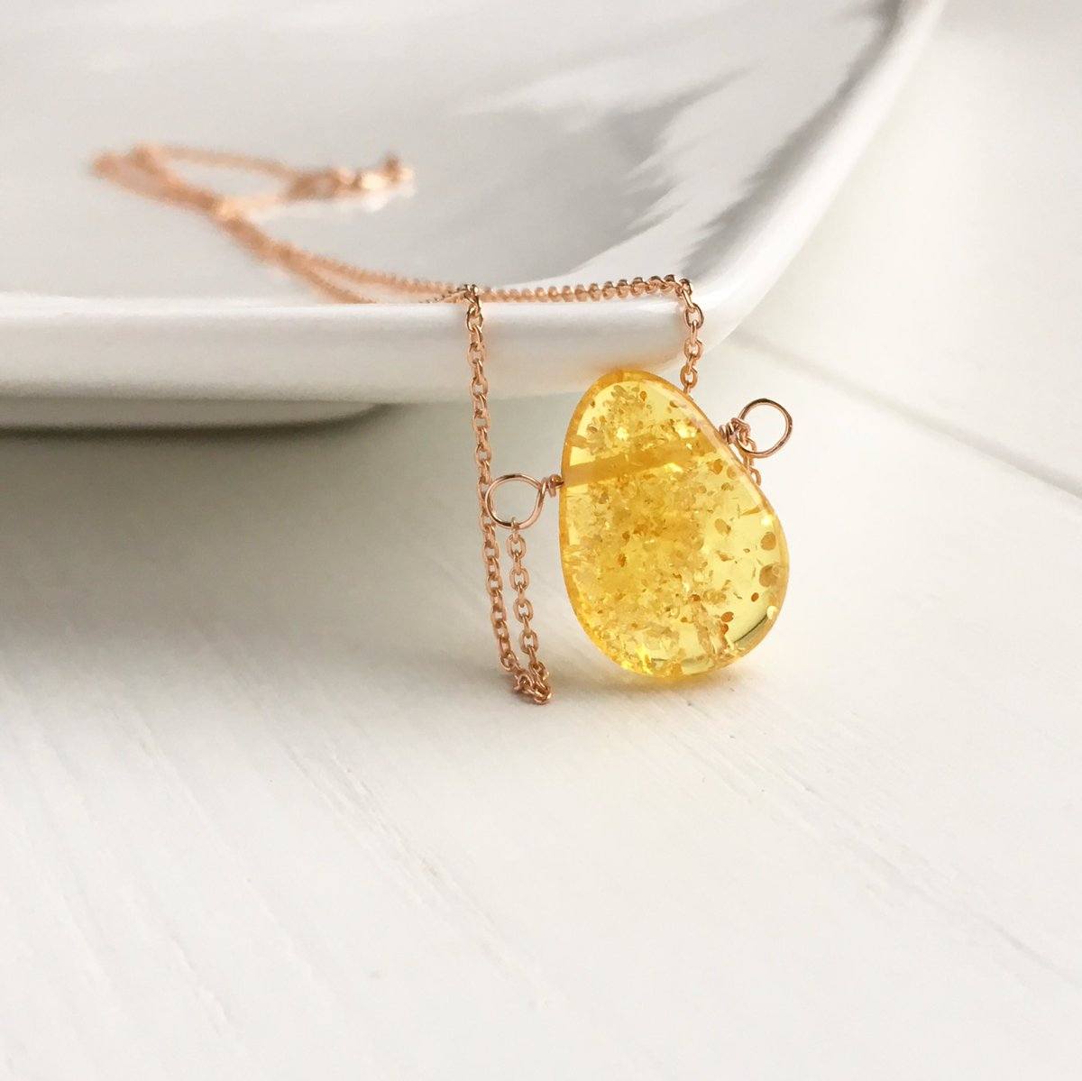 The most beautiful amber. It's also the most healing.    https:// etsy.me/2EfPznO  &nbsp;      #madebymissm #Londonislovinit #craftbuzz #necklaces #shopsmall #etsyhandmade #etsyjewelry <br>http://pic.twitter.com/Qm1GeKIFcO