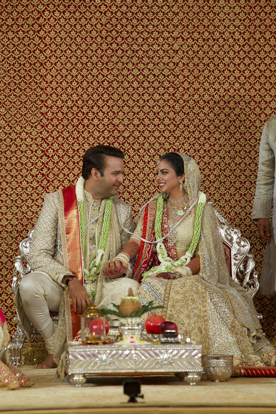 Isha Ambani and Anand Piramal tie nuptial knot over Vedic chants and Hindu tradition in Mumbai