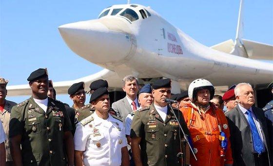 #Runrunes ALTO: Los aviones / La posverdad MEDIO: Lean mis labios BAJO: Rojopintas - https://t.co/obc7k6P7UX