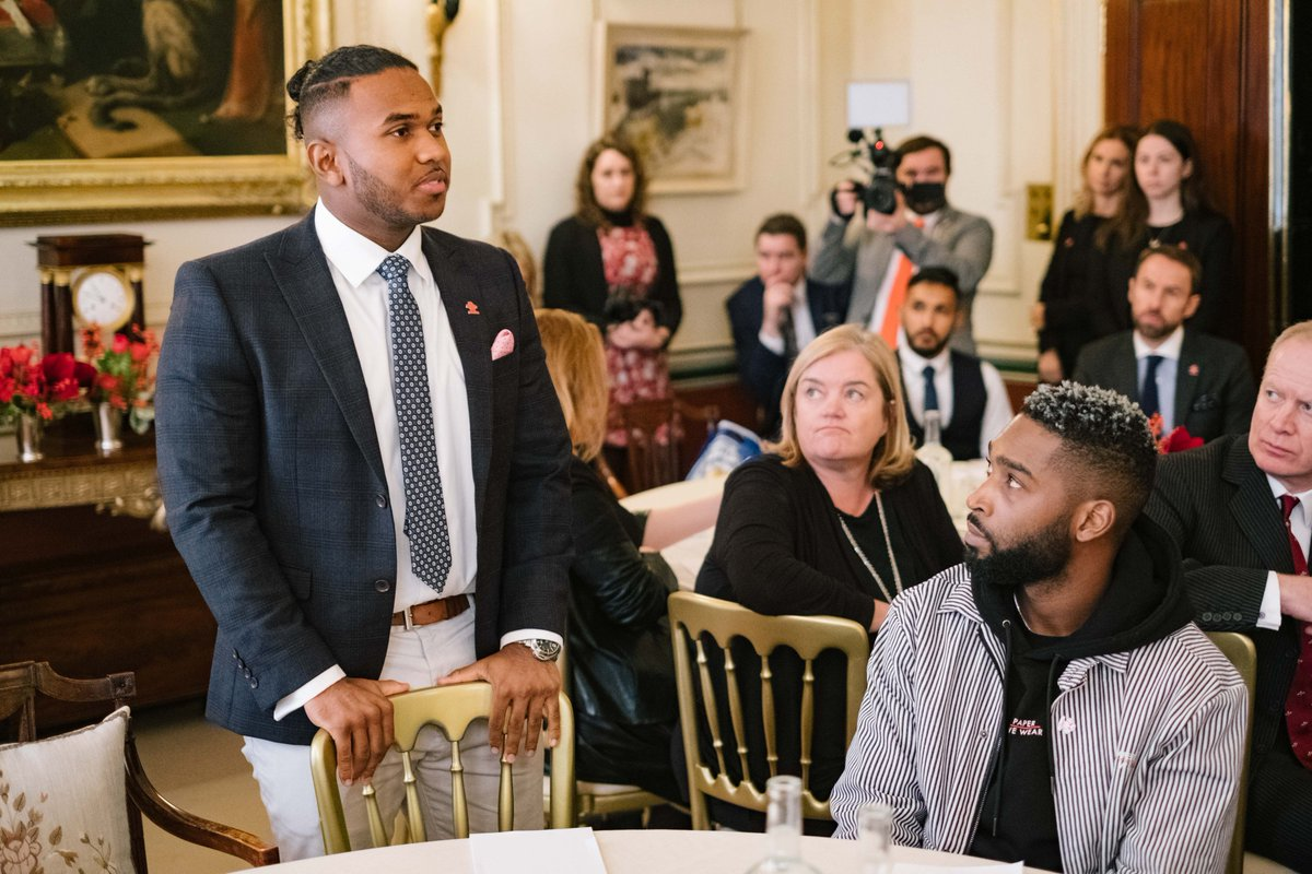 Families who have been affected by violent crime attended the discussion alongside @PrincesTrust Ambassadors, community groups and practitioners.