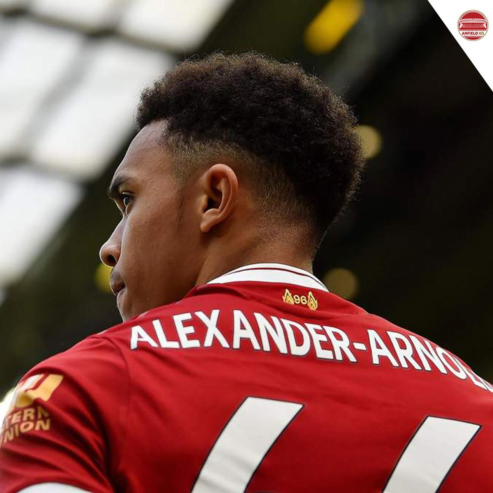🇬🇧 Trent Alexander Arnolds game by numbers vs. Napoli: 100% take-ons completed 91 touches 44 passes attempted 6 chances created 5 successful crosses 4 tackles 2 interceptions 2 shots Via: @Squawka