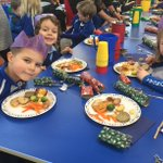 Thank you to our wonderful catering team for the scrumptious Christmas dinner. @BrookwoodPtnrs @chandco #ChristmasLunch #prepschool #LongacreLife