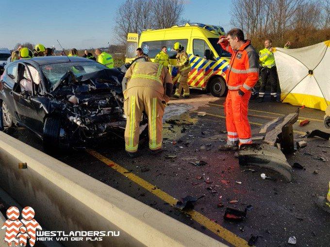 Automobilist zwaar gewond na ongeluk Veilingroute https://t.co/ptQB9eoWmn https://t.co/XMkIlAN4RK