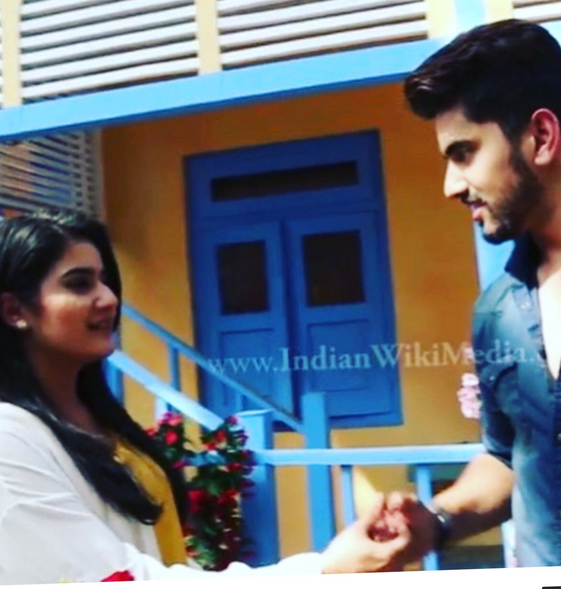 Thumb fight , in Adiza case it was another level .  I vote for #AditiRathore for #Naamkarann In #TVPersonality2018 @SabrasRadio<br>http://pic.twitter.com/rBAO1l0Oee