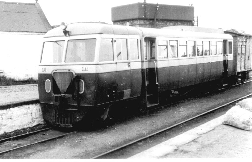 DuOUsCvV4AAfQt  - The County Donegal Railways