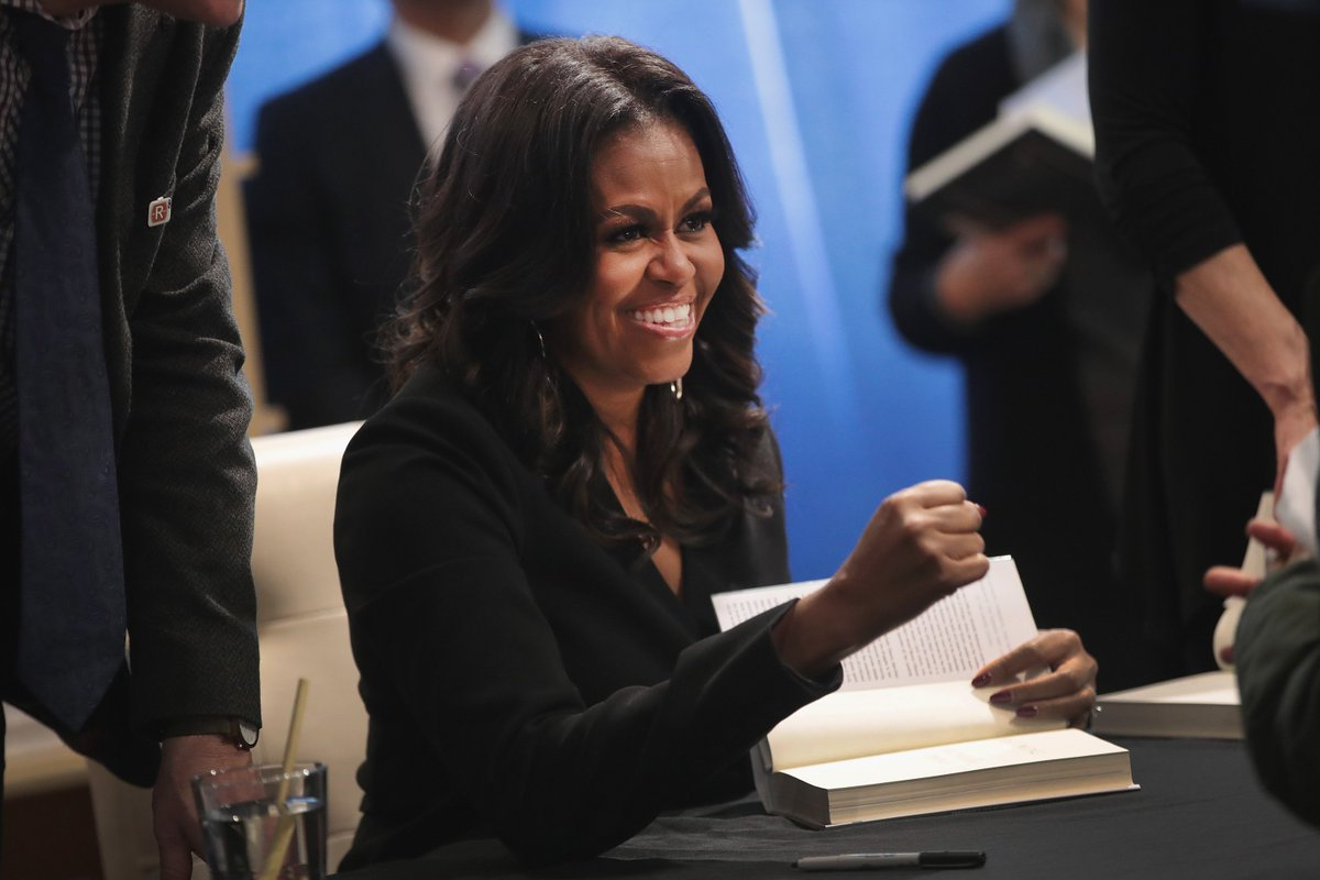Michelle Obama&#39;s book is blowing up:    21 new book tour stops  3,000,000 copies sold  One of the fastest-selling non-fiction books in history    https:// trib.al/QR5WCWS  &nbsp;  <br>http://pic.twitter.com/5KlCgpW3GT