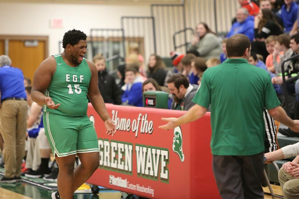 RT @egfboysbball: Aaron Riddle checks out after a brief visit with TRF https://t.co/DgiVUJ3U3K