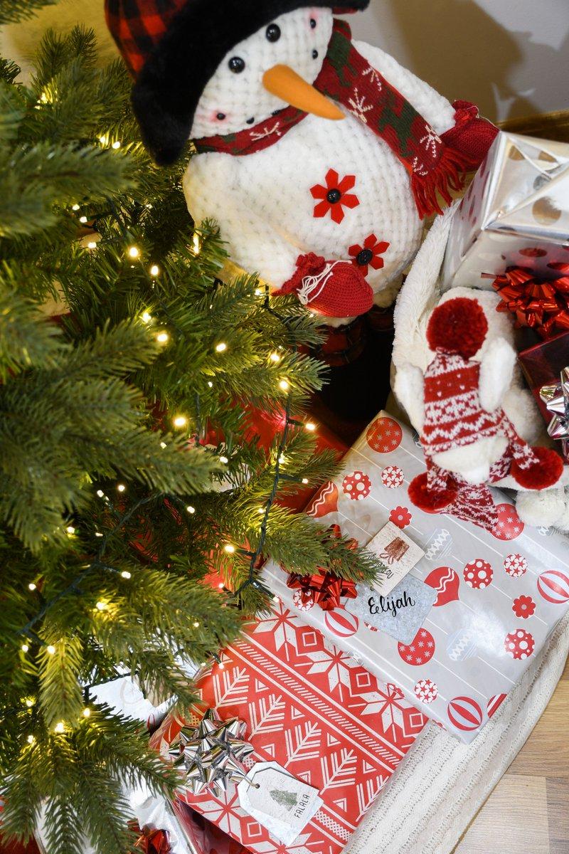 Bronners Christmas Ornaments.Bronner S Christmas On Twitter Get Creative With