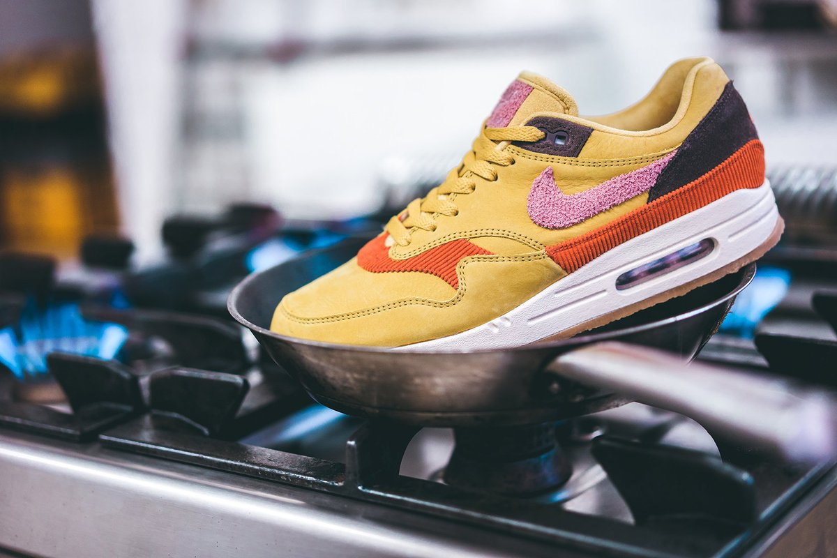 Nike cooks up the Air Max 1 »Bacon