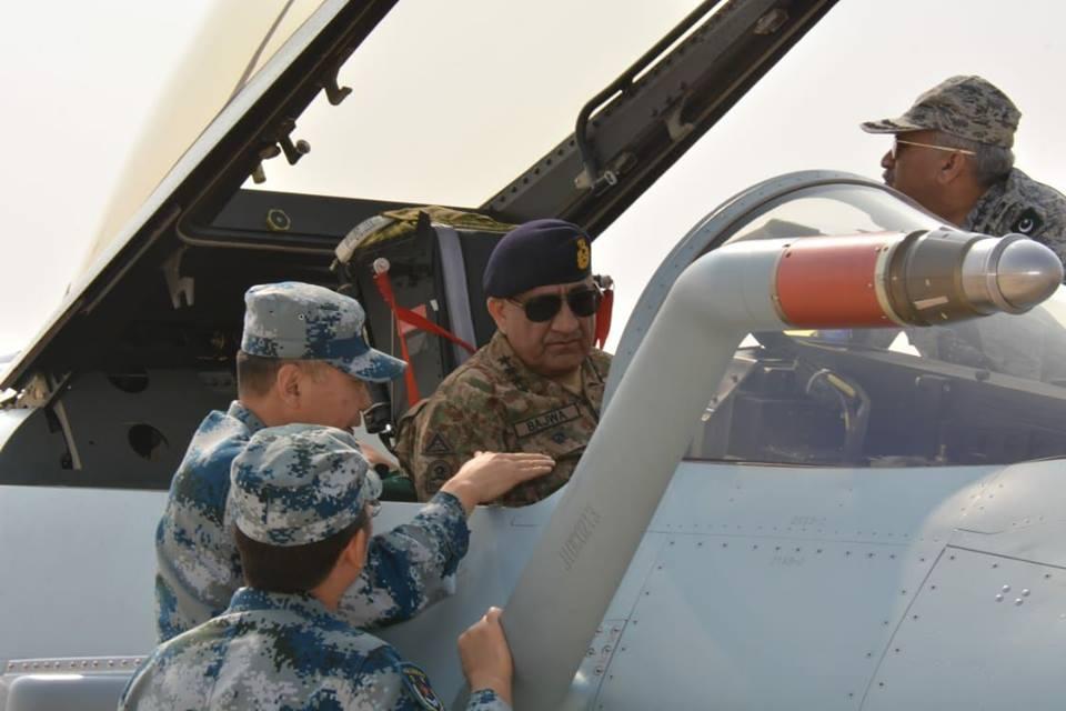 مصر تسعى للحصول على مقاتلة JF-17 Thunder الباكستانية - صفحة 2 DuPBNcdXgAMqMuf