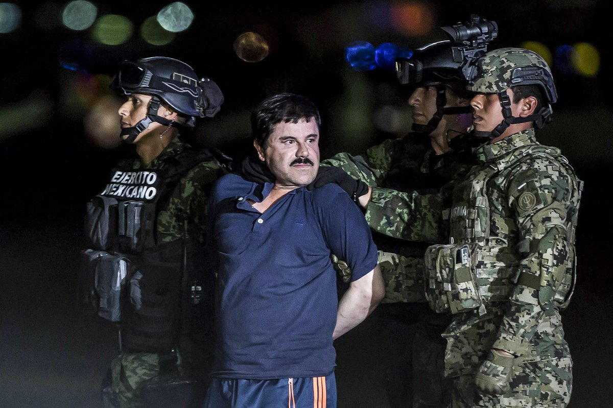 El Chapo ran a cocaine train from Mexico to NYC that allegedly made $500,000,000 😳  He gained control of the drug train after the last guy running it 'shot himself in the face' https://t.co/asiE8RZeih
