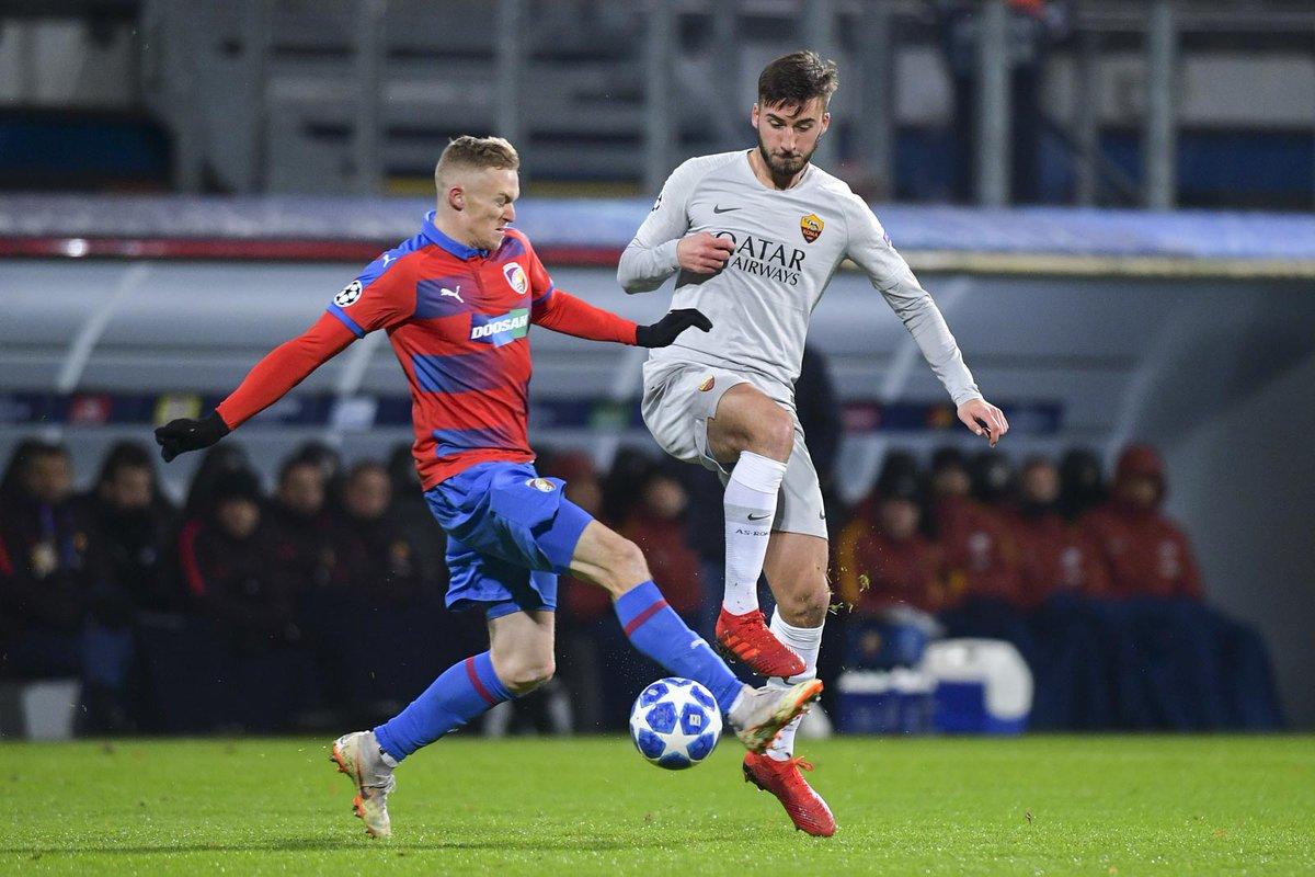LIGUE DES CHAMPIONS UEFA 2018-2019//2020-2021 - Page 9 DuPPVK6XcAArUN9