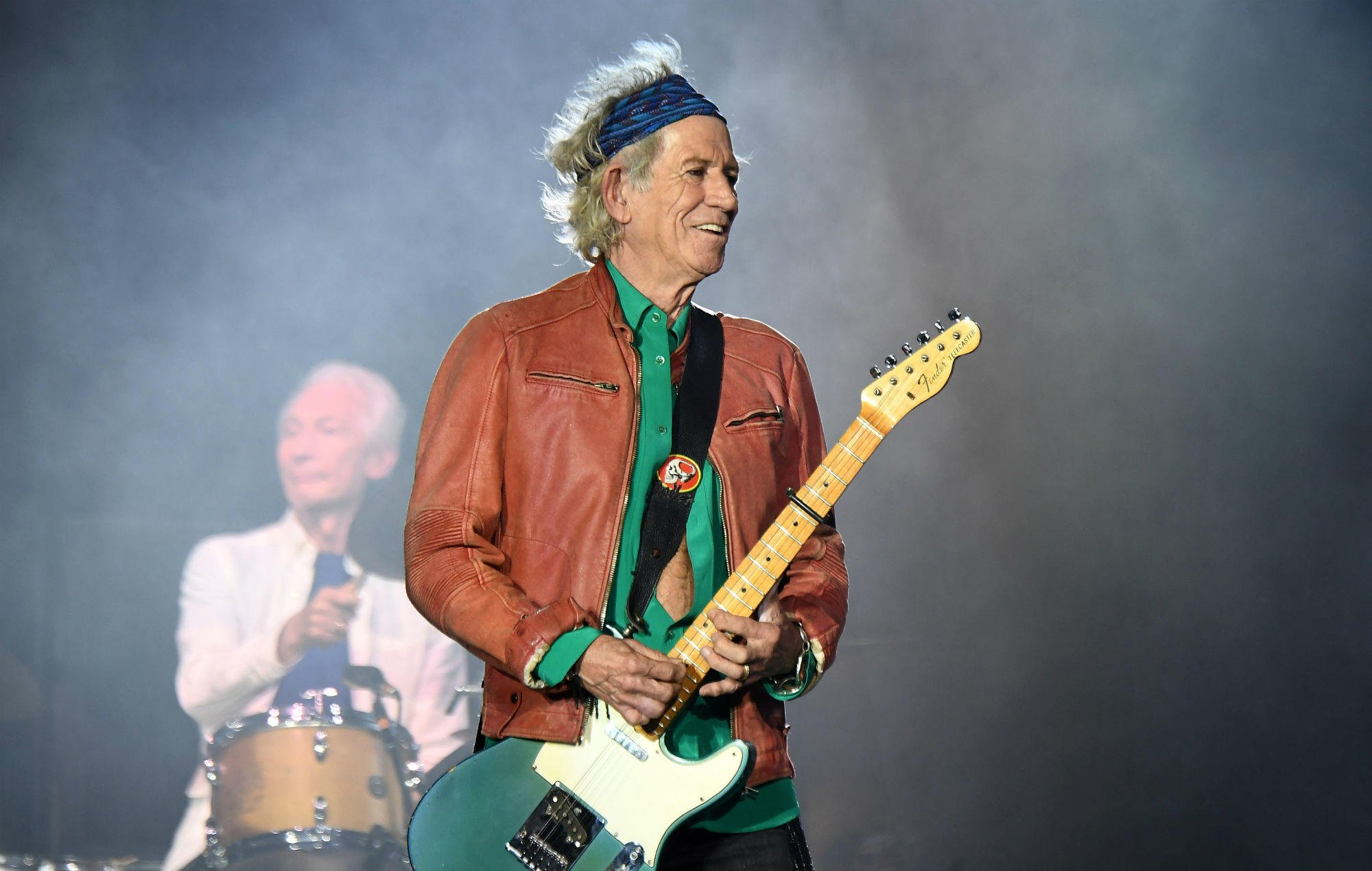 """Keith Richards has given up drinking: """"It was time to quit"""" https://t.co/XpsJY5Ogxp https://t.co/KETne8mUy5"""