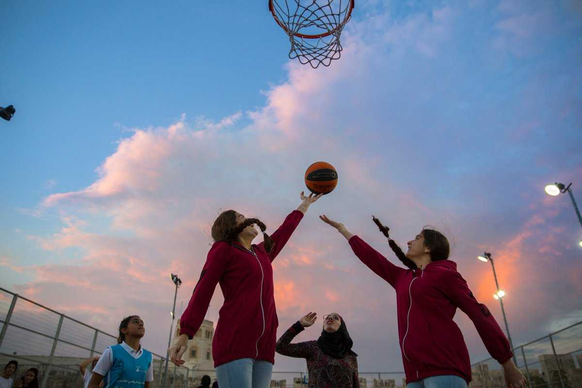 Children have the right to be safe from violence and abuse in sports. Everybody, including sports governing bodies, have a duty to safeguard and protect them. @un pic:@unicefpalestine @sdg2030 @sportandrights @ihrb @unesco