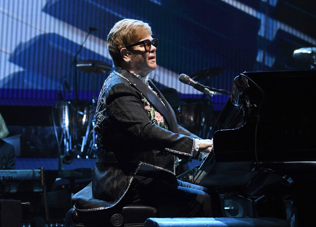 'It's a thrill to be a small part of any new artists' journey, and it's been wonderful to see his star continue to rise and rise.'  Elton John and Khalid collabed on a cover of 'Young Dumb & Broke' for Spotify, and it's out now. https://t.co/reMY8ft3XZ