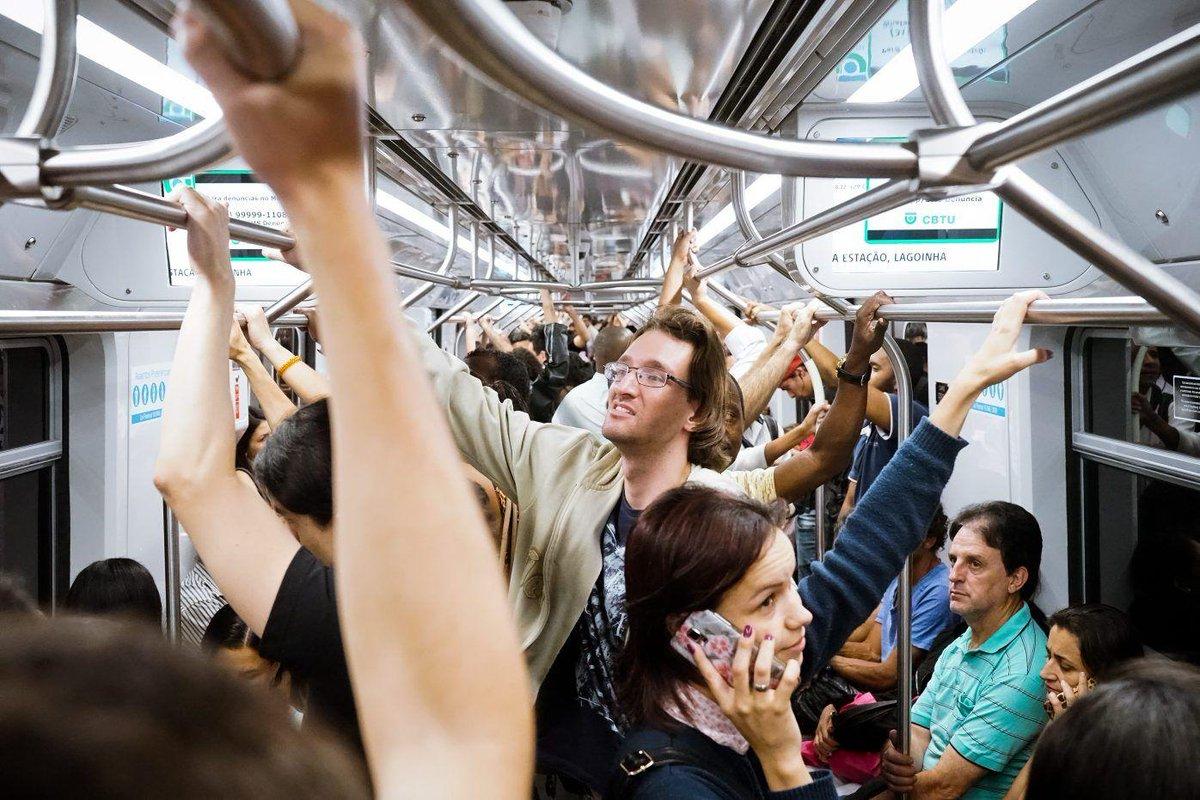 Metroviários ameaçam entrar de greve na próxima terça-feira #greve https://t.co/S9JPAs9NeR