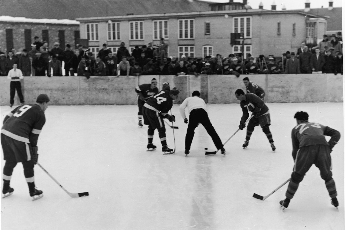 NHL Outdoor Games Had A Different Look In The 1950s