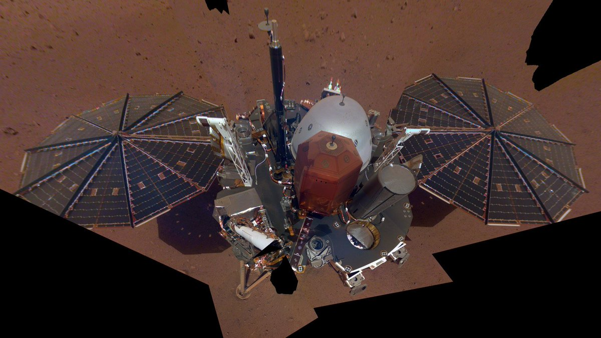 NASA's InSight lander strikes a confident pose for its first Martian selfie https://t.co/3sWqiBzBIT