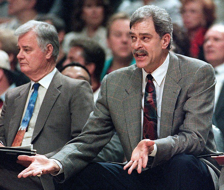 Check out Tex Winter&#39;s &quot;Triangle Offense Notes&quot;  http:// bit.ly/2ICZhji  &nbsp;   - The Full Collection of PDFs (Over 2,000) can be found at  http:// bit.ly/NBS-HOME  &nbsp;  <br>http://pic.twitter.com/kUqXHkEPyE