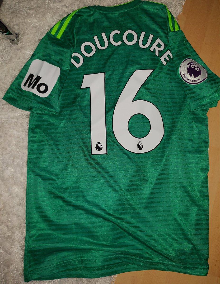 Merci la famille @abdoudoucoure16 😁💪💪.. Force à toi À bientôt inchallah.  @WatfordFC #Watford #BPL