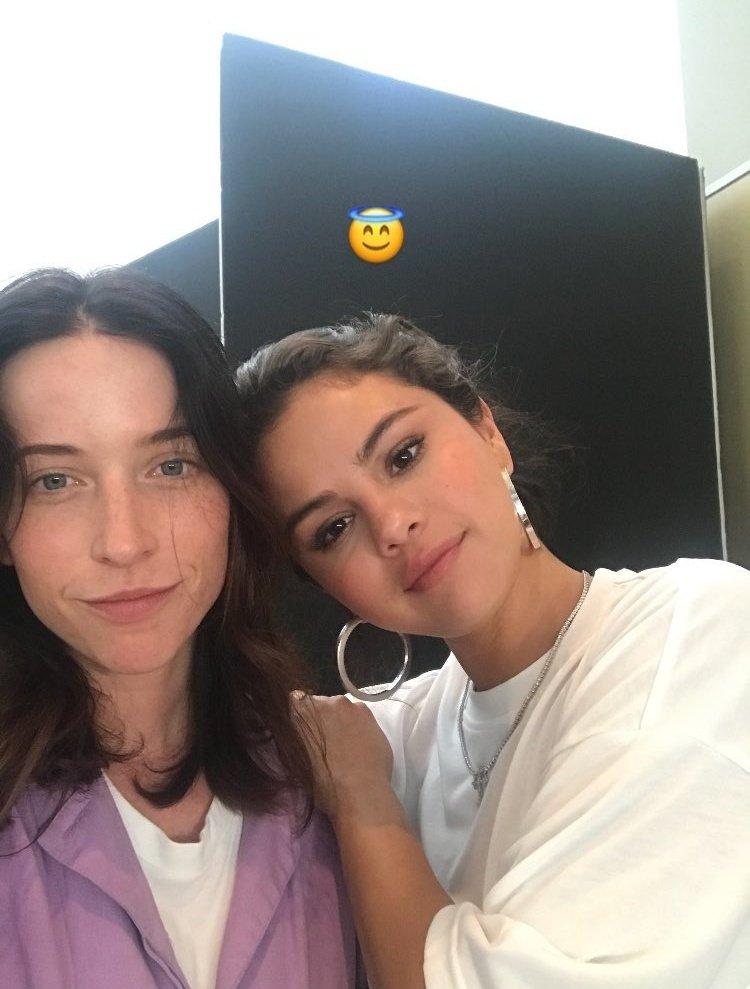 Selena Gomez &amp; Katie McCurdy <br>http://pic.twitter.com/T3JarcfYIp
