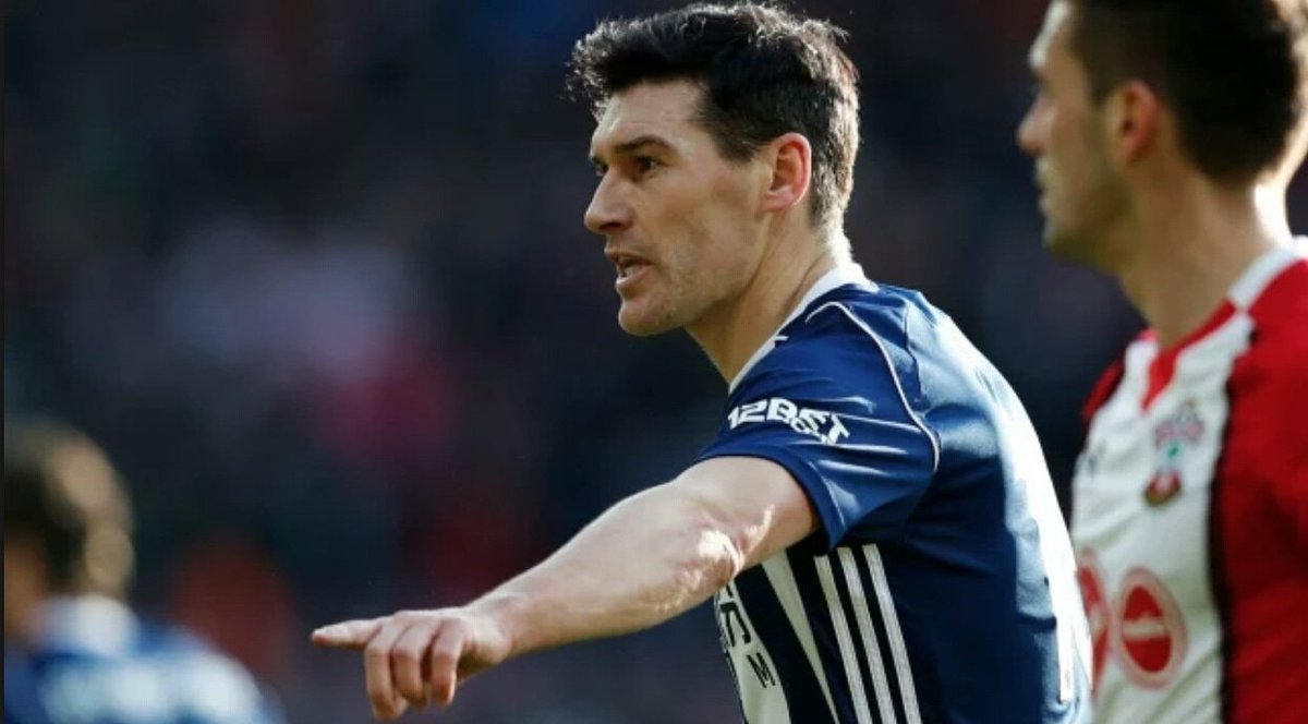 Playonpro is proud to welcome West Brom defender Gareth Barry as our newest ambassador. He is the player with the highest number of appearances in the Premier League #GarethBarry #WBA #AV #MCFC #Everton #England #EPL #playonofficial #playonpro #strongertogether