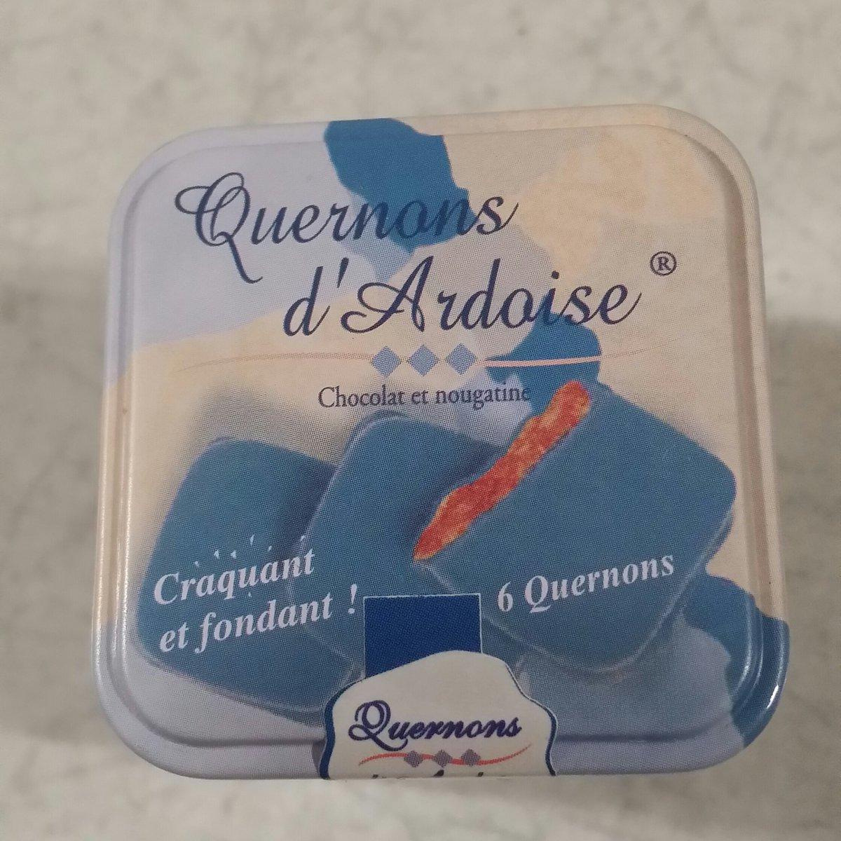 楽しみにしていたもの♪ 届いたぁ♪ #幸福のチョコレート #フェリシモ #チョコレート #青いチョコレート