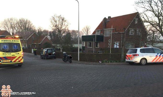 Motorrijder gewond bij ongeluk Molenweg https://t.co/Fz987NAPzz https://t.co/hZMZZ3X1x4
