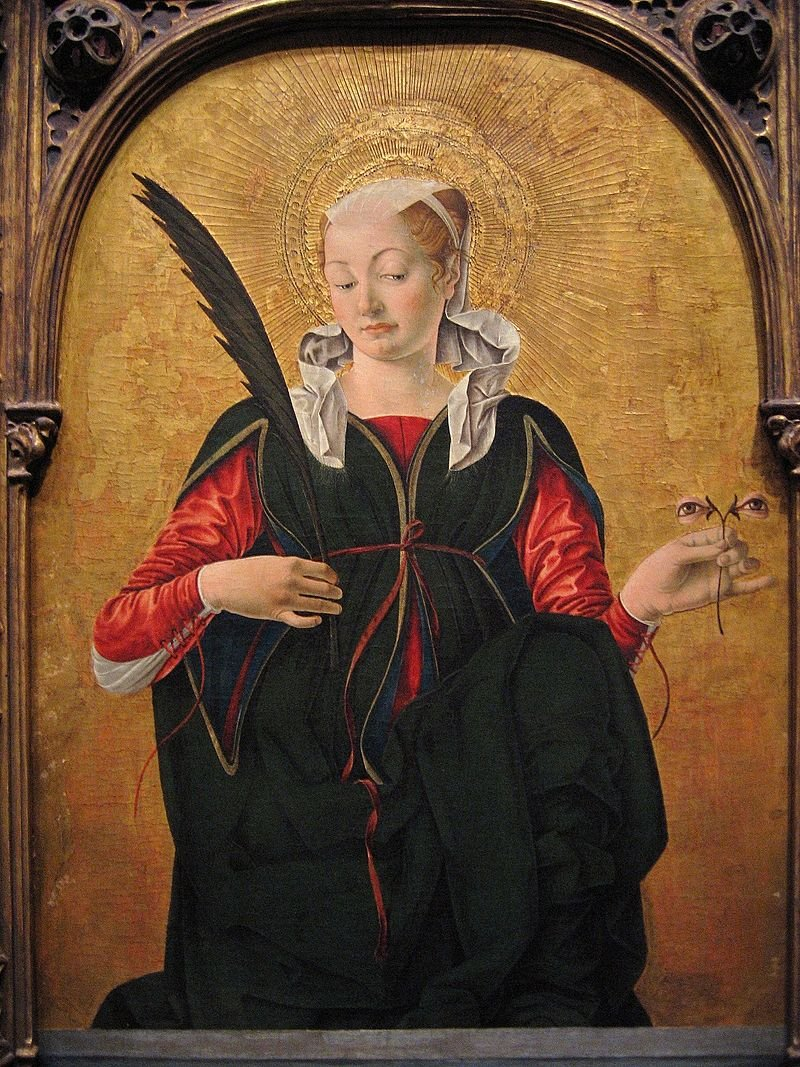 Happy feast of Saint Lucy! <br>http://pic.twitter.com/HcvUksVmkw