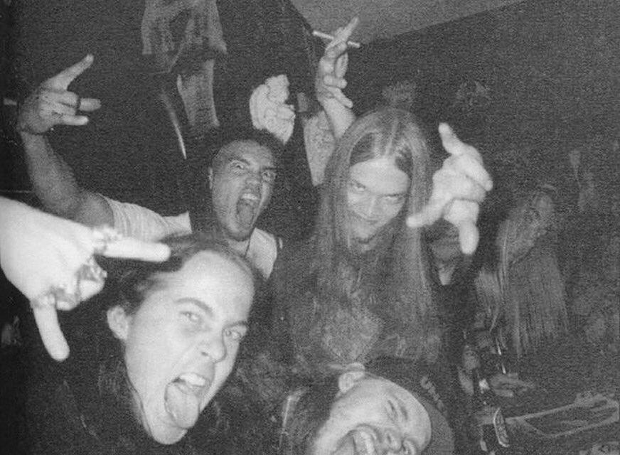 #TBT to 1994, on 🇺🇸🇨🇦 tour with @TheEntombed #amorphis #talesfromthethousandlakes #entombed 📷:? https://t.co/I4sm6ziaen