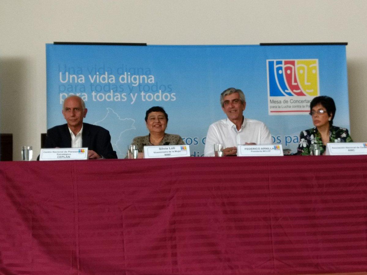Javier Abugattás, Presidente del @CEPLAN2050 , participa en la reunión nacional de la @MCLCP_NACIONAL donde las regiones Ucayali, Pasco, Región Lima, Junín comparten sus experiencias en los procesos de los Acuerdos de Gobernabilidad 2019-2022. #ElPeruPrimero 🇵🇪