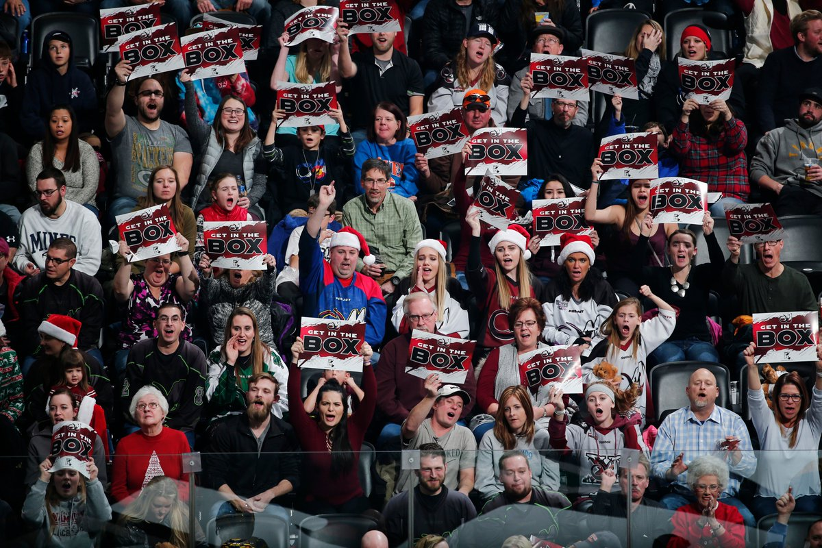Get the Santa hats back out!   #FanFriday #TuskUp