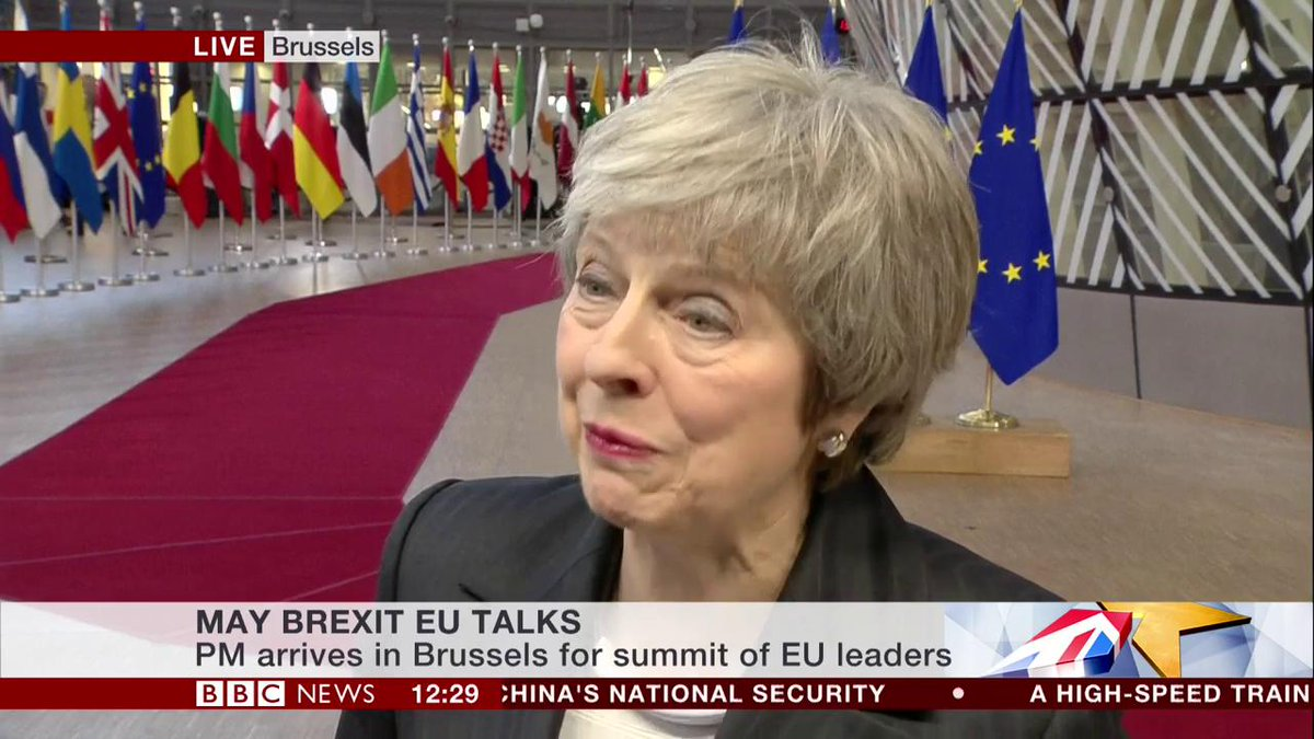 UK PM Theresa May confirms she will not fight another General Election, saying she would love to be able to but her party would prefer to go into that election with a new leader Latest: bbc.in/2RVc4Cv