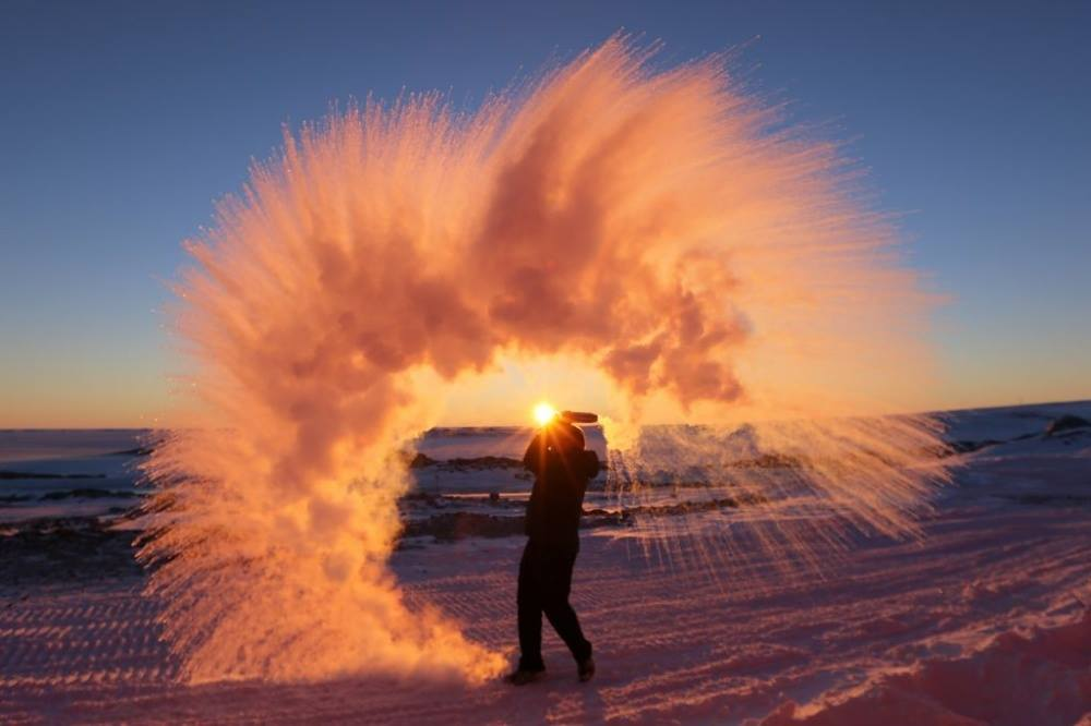 In case you were wondering, this is what happens when you throw hot water into the air in Antarctica!