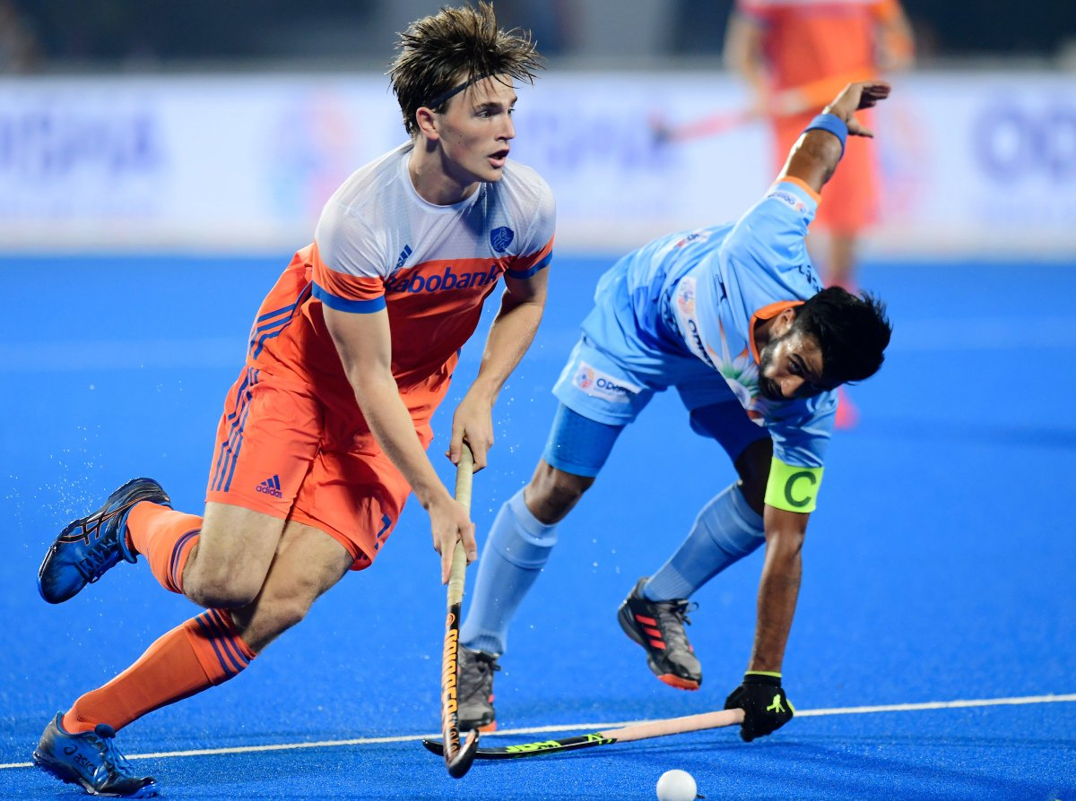 Hockey Players At Halftime With India In World Cup Squatter