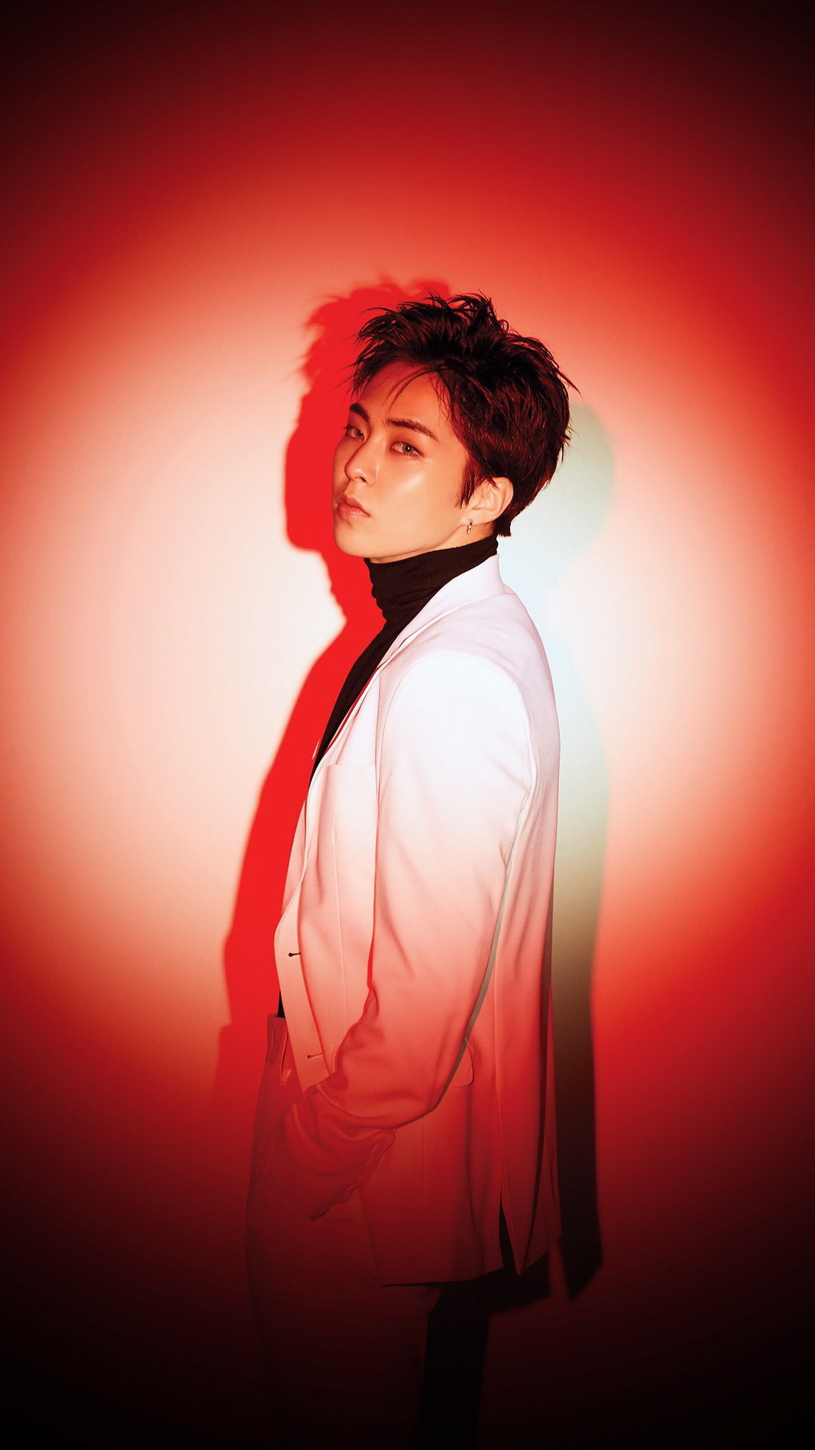 K Wallpaper Gif On Twitter Loveshot Exo Hd Wallpaper Lock Screen Xiumin Suho D O Kai