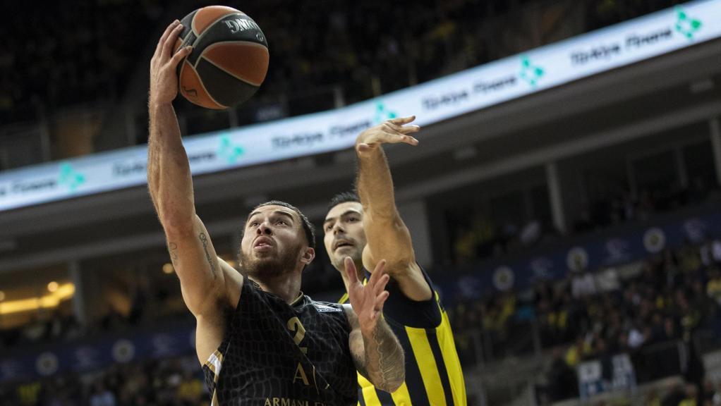 Super James non basta: contro il Fenerbahçe, Milano rimedia il quarto ko europeo consecutivo https://t.co/PXe2DoLTRd