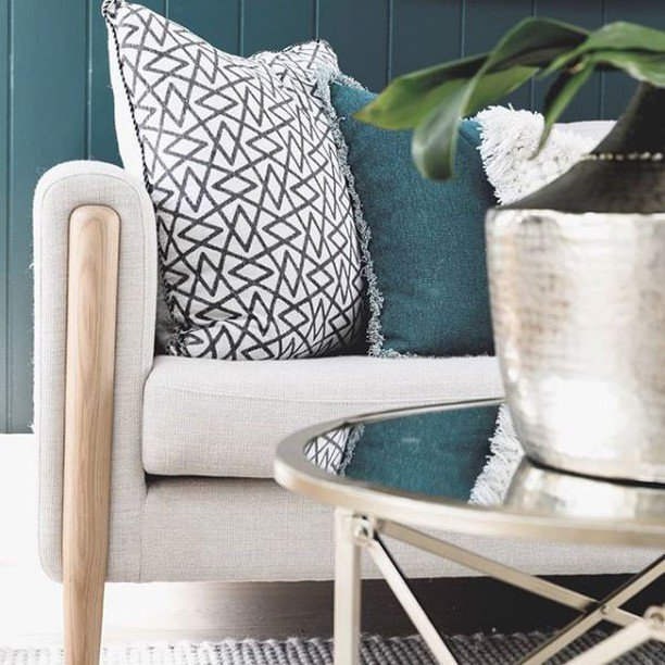 Spotted! Our Alpine Green Idris Cushion in this beautifully zen 📸by  @Zanui . . . . . . . . . . . . . . . . . . . . . #interiorlovers #myhome #finditstyleit #interiorstylist #interior123 #homedetails #green #myhomevibe #cushions #housegoals #interior_and_living #dailydecordo… https://t.co/wiqdeZhbGz