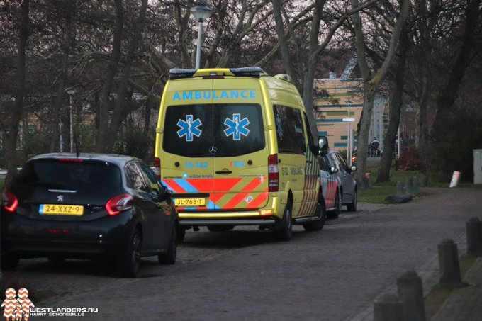 Beenletsel kind na ongeluk in Hofpark https://t.co/i5ixA681aY https://t.co/hNZjwVX7Fw