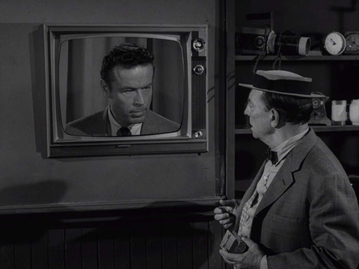I posted the full schedule for @Syfys New Years Twilight Zone marathon on my blog last night. Will your favorites be airing this time? Check it out: thenightgallery.wordpress.com/2018/12/12/syf…