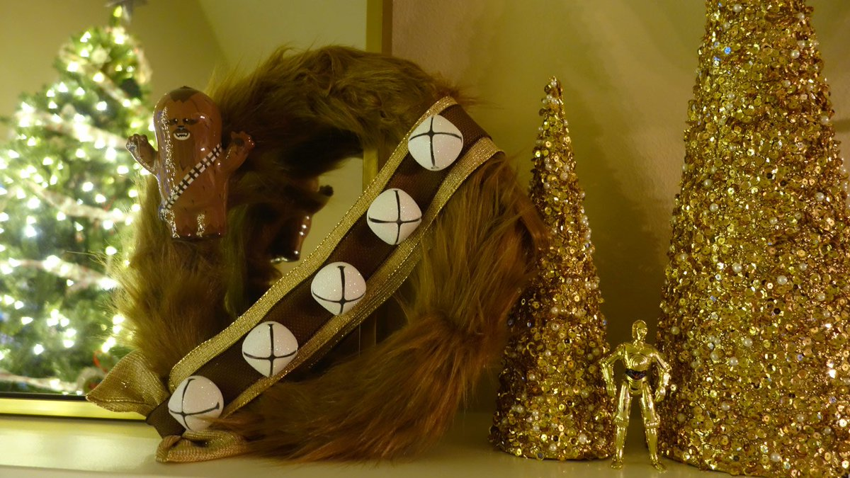 What a Wookiee. What a wreath! Learn how to make your own festively furry decoration for the holidays. https://t.co/Rc3XyXb9Zw