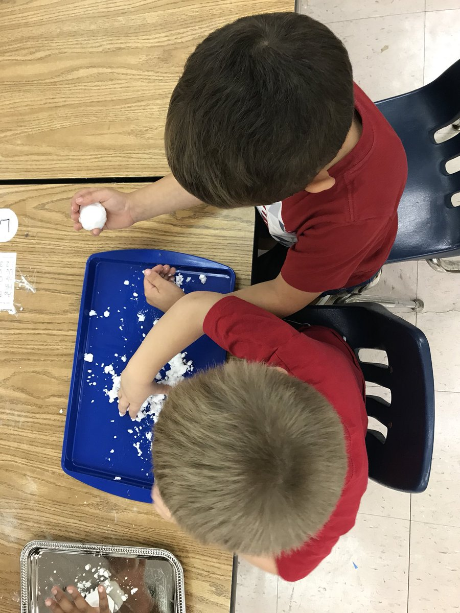Now that the temperature has dropped below 60 it seems like a great time for our PreK students to make some snow. They had a blast.