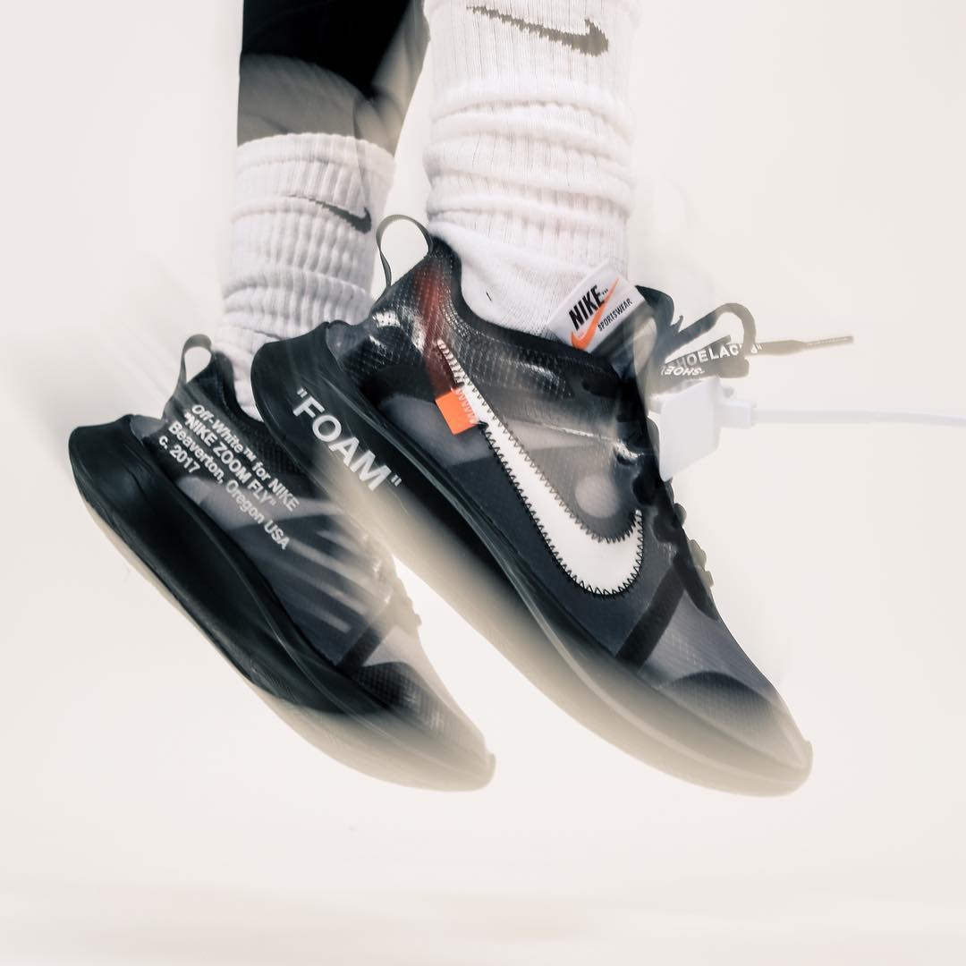 "e607c556d006d Secret Sale  DEC 14  of the Nike x Off White ""Zoom Fly SP"" in black. Visit   XHIBITION  for more information on how to get access to these  monochromatic ..."