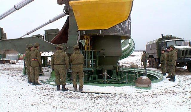 Ракеты в шахты: «Ярсы» заступили на боевое дежурство под Калугой: https://t.co/3DRCaYDXxJ