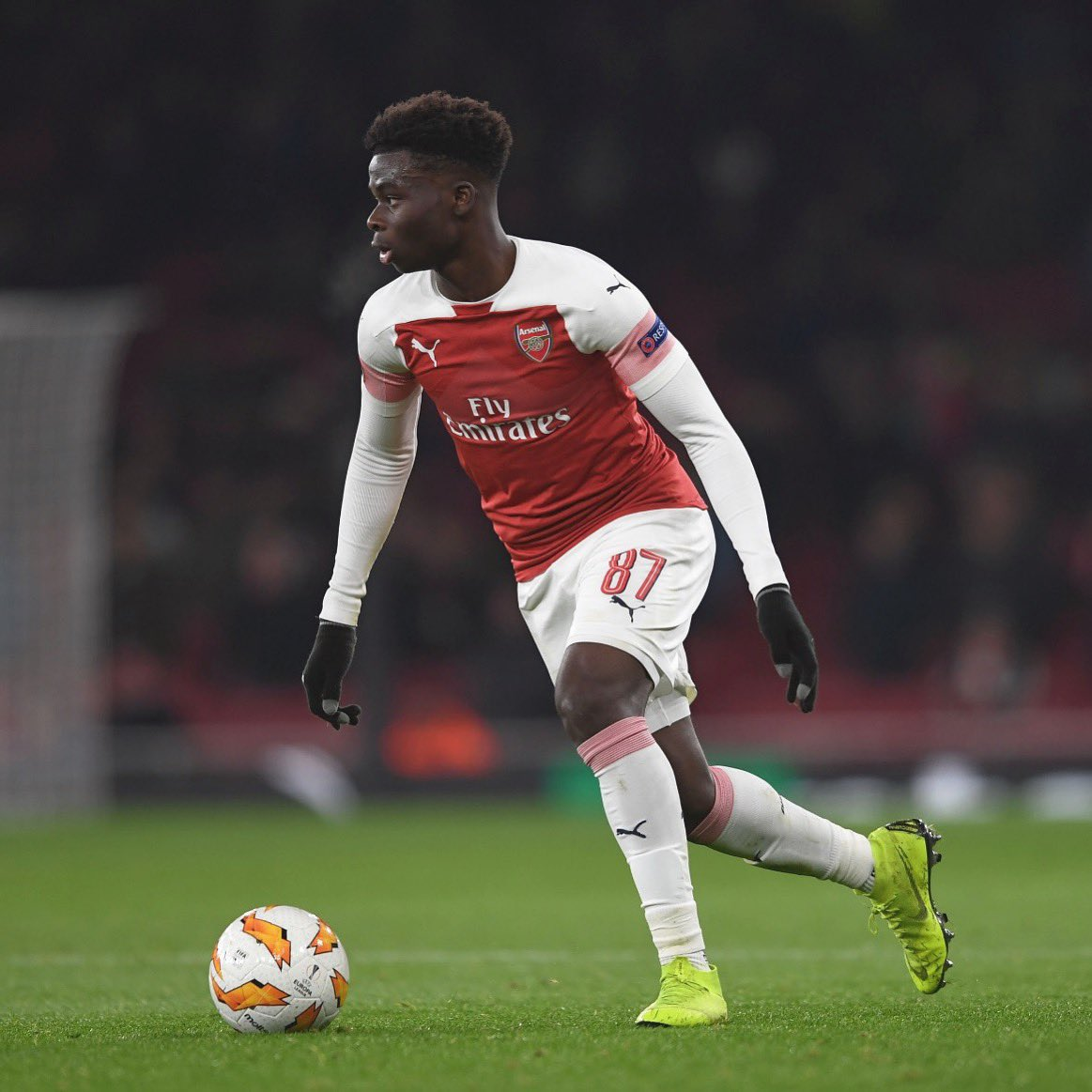 Dream come true to play at the Emirates tonight! A proud moment for me and my family. Also good to get the win @arsenal 🙏🏿 #coyg