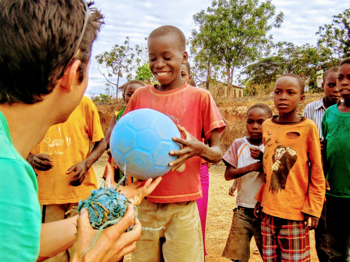 test Twitter Media - Give the gift that gives back!  The One World Futbol will not only bring hours of uninterrupted play to the lucky person who you choose to give it to, but it also helps kids around the world!  Use code HOLIDAY20 to save 20%  https://t.co/01cCPMbwzM  #SocialGood #giveback #bcorp https://t.co/DmjtdqZSjn