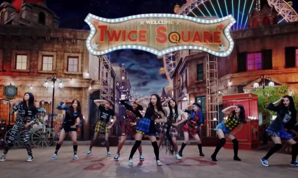 'YES or YES' becomes TWICE's tenth music video to reach 100 million views https://t.co/YdaxJUYDRV