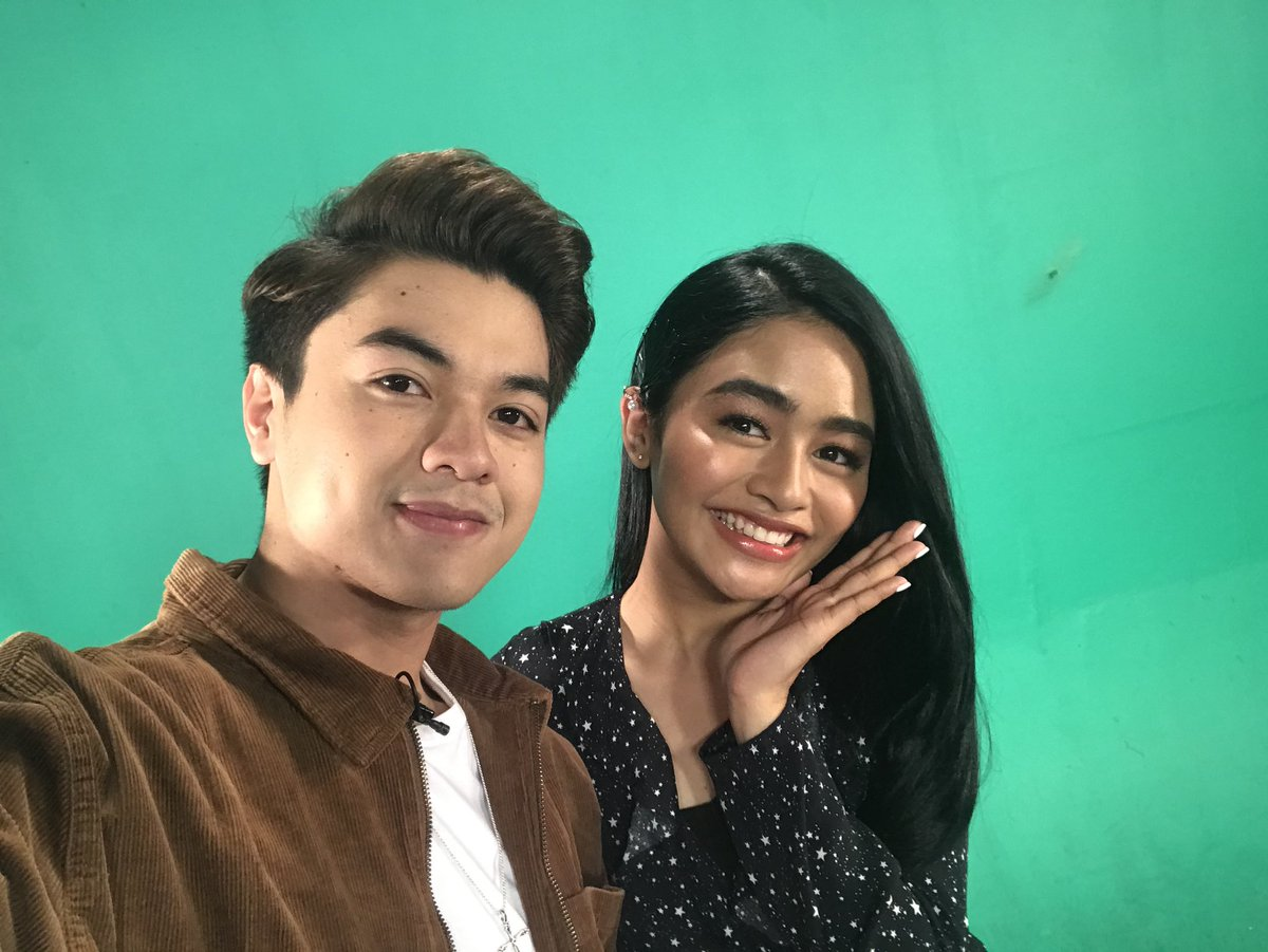 Guys! We're going LIVE in a few! Punta na kayo sa https://t.co/4H0sXHSzdJ #KierViOnMYXLiveChat