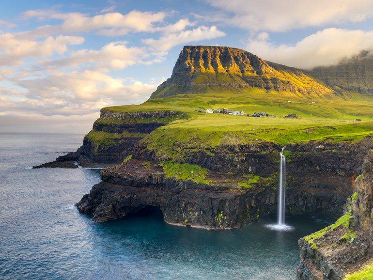 14 reasons every traveler should see the Faroe Islands before they die https://t.co/yxdBEGek3u